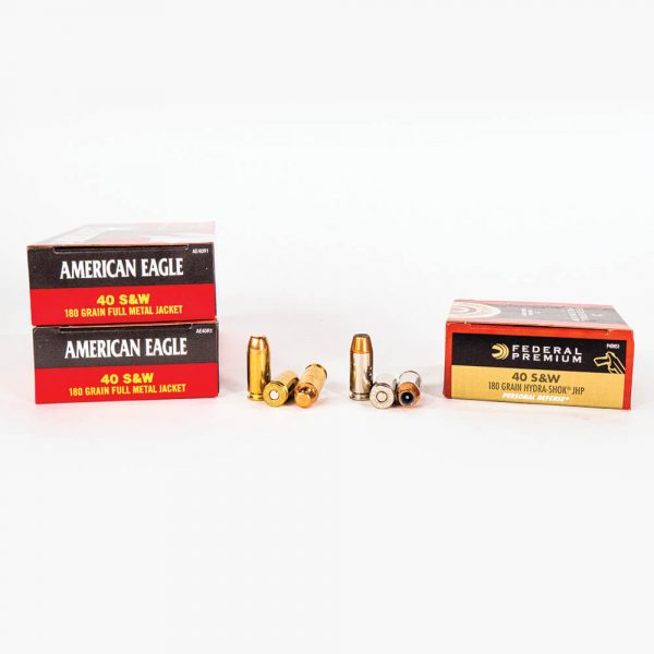 40 SW 180gr FMJ JHP Combo Pack Federal PAE40180 Ammo Box Sides with Rounds